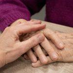 Prednosti pomoči starejšim na domu